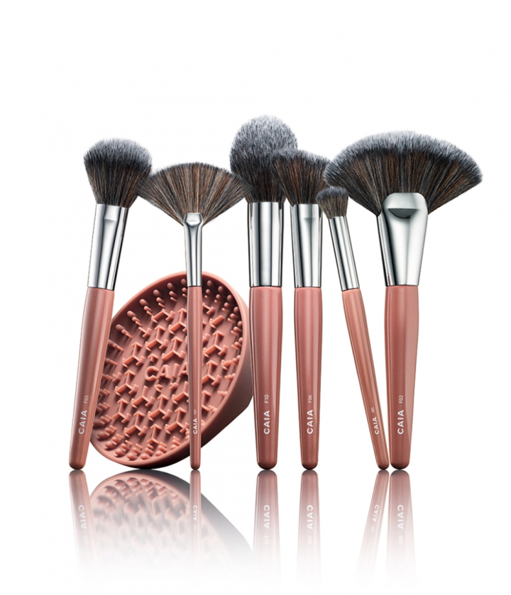 BRUSH KIT - MEDIUM  in der Gruppe PINSEL / MAKE-UP-PINSEL bei CAIA Cosmetics (CAI628)